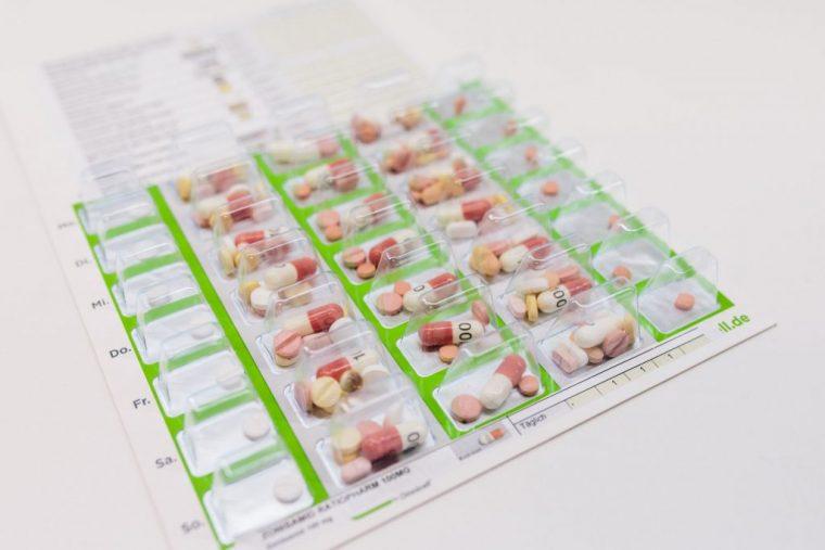 Dosierung von Medikamenten Angebot der Einhorn Apotheke, Straubing